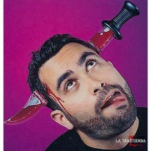 Cuchillo Diadema con Sangre